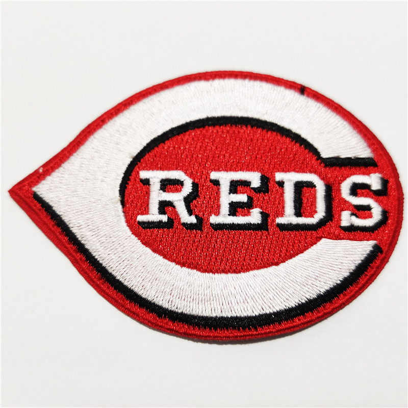 Cincinnati Reds Logo Iron-on Patch Velcro Patch 3.5 inches